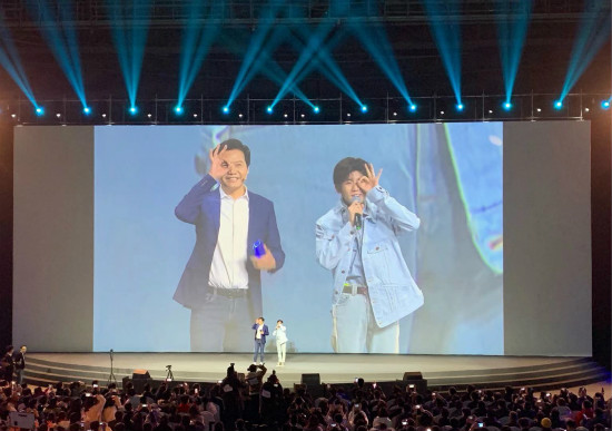 """小米9发布即刷屏  小米打造""""手机+AIoT""""双引擎战略成效初显"""