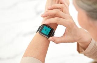 华米科技发布新品 AMAZFIT智能手表2亮相