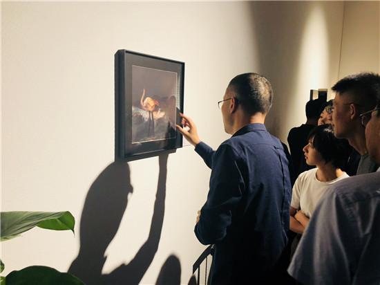 微软小冰跨界艺术展开办,人工智能与人类艺术家的灵感碰撞