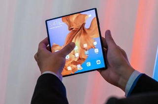 产业链:华为5G折叠屏手机最快10月国内开卖
