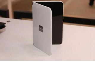 微软Surface三屏折叠手机专利曝光 或成下一个创新设备