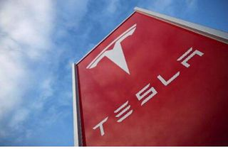 马斯克:愿意向其他汽车制造商提供电池
