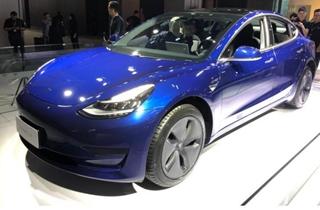 首批国产特斯拉Model 3已送进全国门店