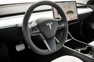 马斯克:下周将发布限量全自动驾驶测试版软件