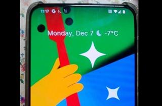 谷歌Pixel 5 Pro真机曝光 疑将采用屏下摄像头方案