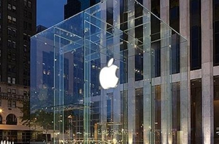 苹果市值逼近2.5万亿 创历史新高