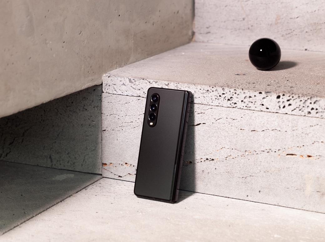 畅玩中秋佳节,看三星Galaxy Z Fold3 5G如何脱颖而出