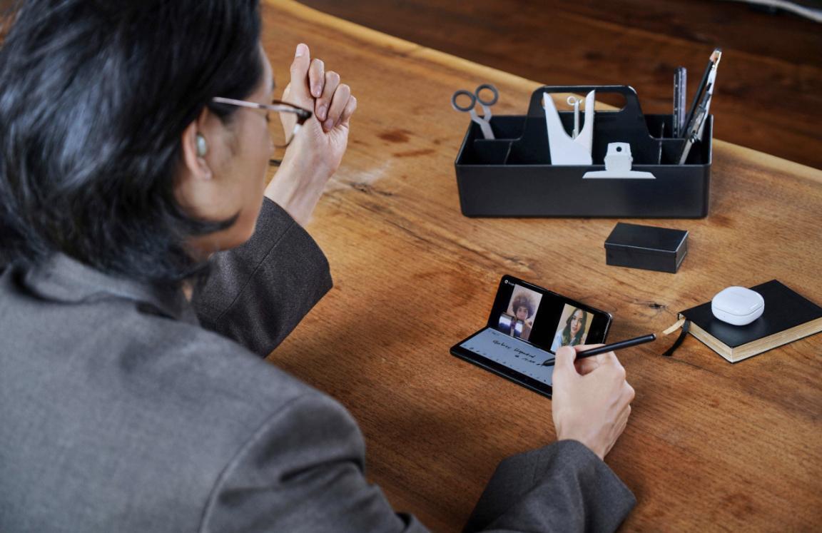 三星Galaxy Z Fold3 5G 这才是高质量折叠屏手机该有的样子!